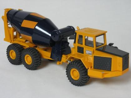Diecast Volvo A35C Articulated Cement Mixer