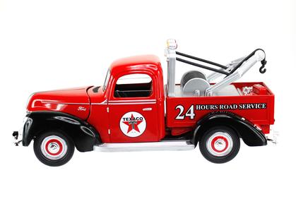 Ford Tow Truck 1940