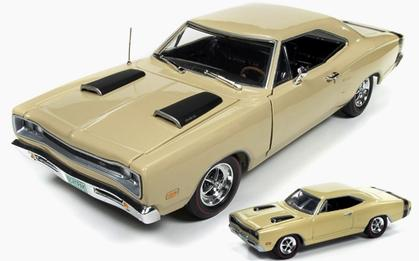 Dodge Super Bee 1969 (Include 1:64 replica)