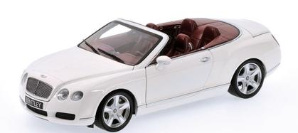 Bentley Continental GTC 2006 *glue on right-side pillar*