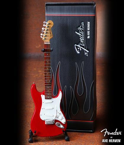 Fender Strat Red - Officially Licensed Miniature Guitar Replica