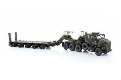 Oshkosh HET M1070 Truck w/ M1000 Trailer