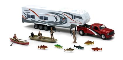WILDLIFE HUNTER Truck and fifth wheel