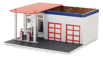 Chevron Vintage Gas Station Diorama - Mechanic's Corner Series 2