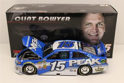 Clint Bowyer #15