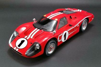 Ford GT40 MK IV #1 1967 Le Mans 24 Win