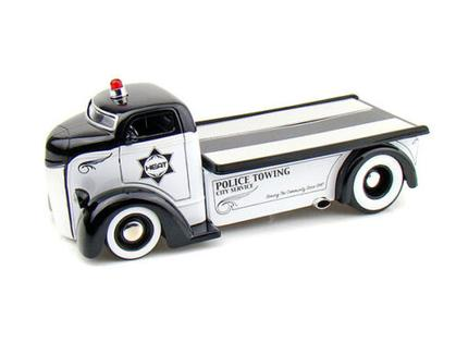 Ford COE 1947 Flat Bed tow Truck Police