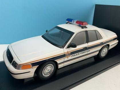 Ford Crown Victoria Police Presentation Car
