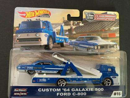 Custom Galaxie 500 64 and Ford C800 Team Transport