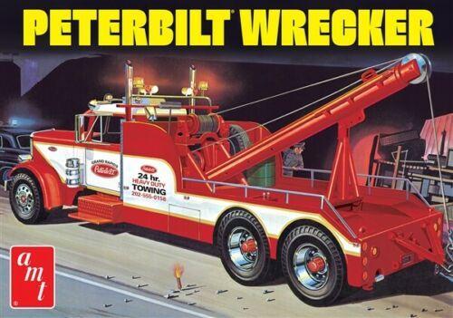 Peterbilt Heavy Duty Wrecker Truck plastic model kit 1/25