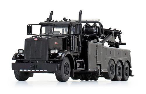 Peterbilt Model 367 with Century Rotator Wrecker / Tow Truck