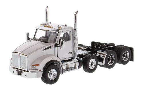 Kenworth T880 SBFA Day Cab Pusher-Axle Tandem Tractor