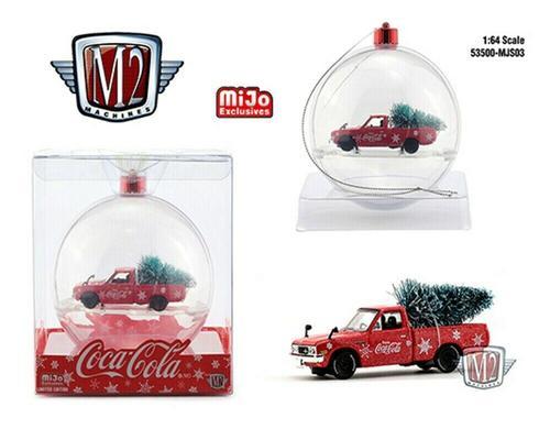 Datsun 620 1976 Pickup Coca-Cola Ornement with tree