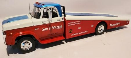 1970 Dodge D300 Ramp Truck Sox & Martin
