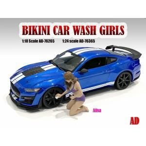 1:18 Bikini Car Wash Girl - Alisa Figure
