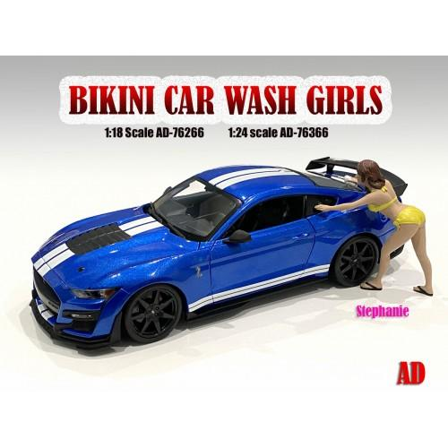 1:18 Bikini Car Wash Girl - Stephanie Figure