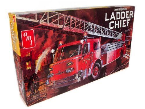 AMERICAN LAFRANCE LADDER CHIEF FIRE TRUCK *Model kit*
