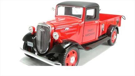 Chevrolet Pick Up 1935 Avec Accessoires