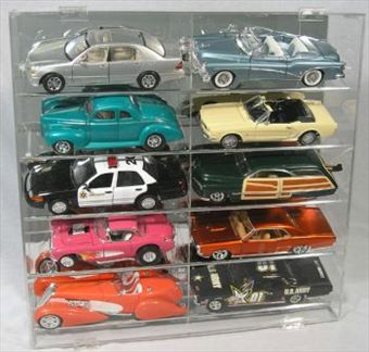 Display Case for 10 1/18 WITHOUT Vertical Separator