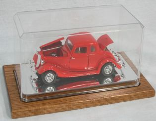 Display Case for one 1/24 with Wooden Board