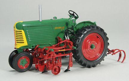 Oliver 77 Gas Narrow Avec 1095 QD Cultivator
