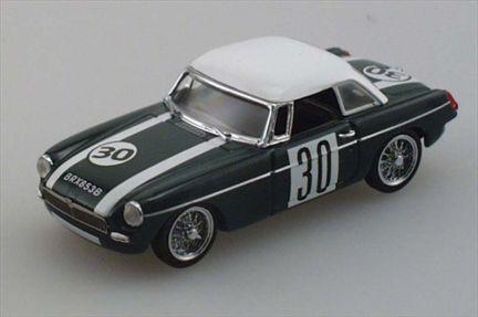 MGB MKII 1967 #30 Silverstone