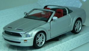 Ford Mustang GT Concept Convertible 2005