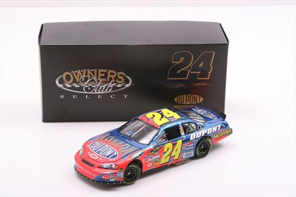 Jeff Gordon #24 DuPont 2007 Monte Carlo SS Owners Club Select