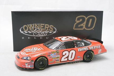 Tony Stewart #20 The Home Depot 2007 Monte Carlo SS Owners Club Select