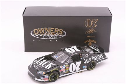 Clint Bowyer #07 Jack Daniels 2007 Monte Carlo SS Owners Club Select