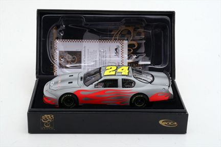 Jeff Gordon #24 Track Tested 2007 Monte Carlo SS Owners Elite