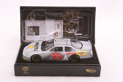 Kevin Harvick #29 Shell / Track Tested 2007 Monte Carlo SS Owners Elite
