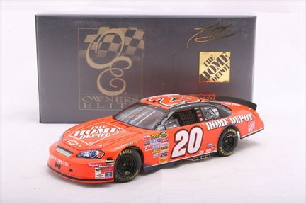 Tony Stewart #20 The Home Depot / Bud Shootout Raced Win 2007 Monte Carlo SS Owners Elite
