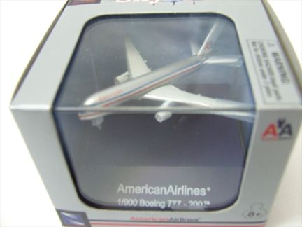 Boeing 777-200 American Airlines
