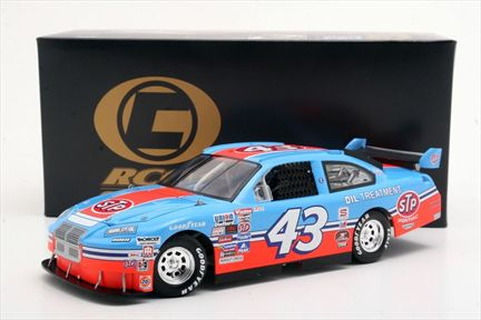 Richard Petty #43 STP 200th Win-1984 Grand Prix 2008 Impala SS Club Car