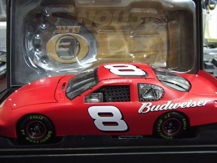 Dale Earnhardt JR. #8 Budweiser / Test Car 2005 Monte Carlo Elite