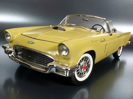 Ford Thunderbird 1957 (1 Left)