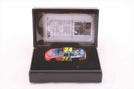 Jeff Gordon #24 DuPont 2007 Monte Carlo SS Owners Elite