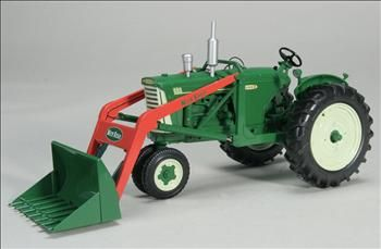 Oliver 880 Gas tractor