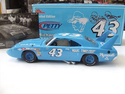 Richard Petty #43 1970 Plymouth Superbird