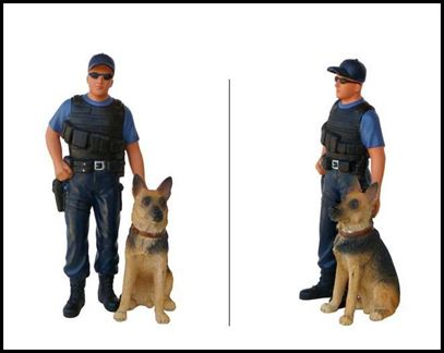 Figurine Police K9 Unit (With Dog)