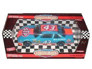 Pontiac Grand Prix STP #43 Richard Petty