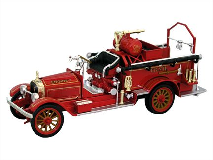 1921 American LaFrance Fire Pumper
