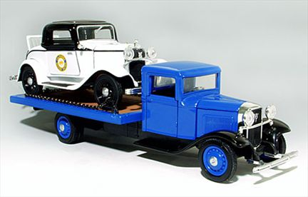 Ensemble Ford Flatbed 1934 & Ford Police Car 1932
