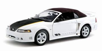 Ford Saleen Mustang S281 2004