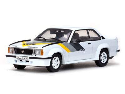 Opel Ascona 400 street